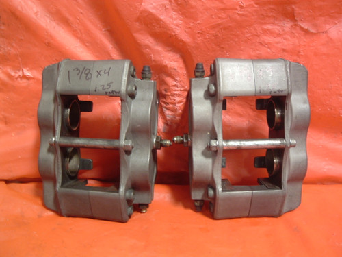 Pair of AP Racing brake calipers 1.38 pistons NDL style