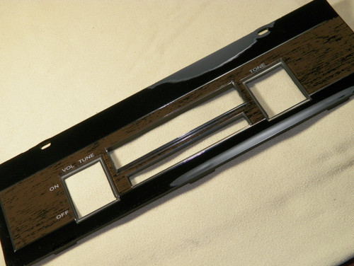 68 69 GTX Woodgrain Thumbwheel Radio Faceplate New Radio Trim Plate #1441