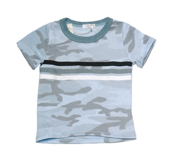 B BLUE SHORT SLEEVE CAMO PRINT CREW TEE WITH STRIPES