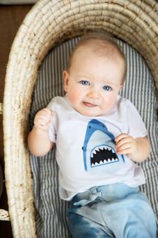 SHARK WHITE SHORT SLEEVE TEE