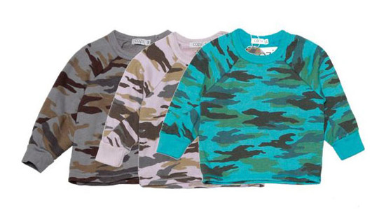 T GREY BABY PINK TURQUOISE CAMO PRINT LONG SLEEVE PULLOVER CREW