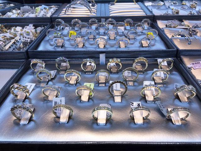 custom-made-ring-tray-display.jpg