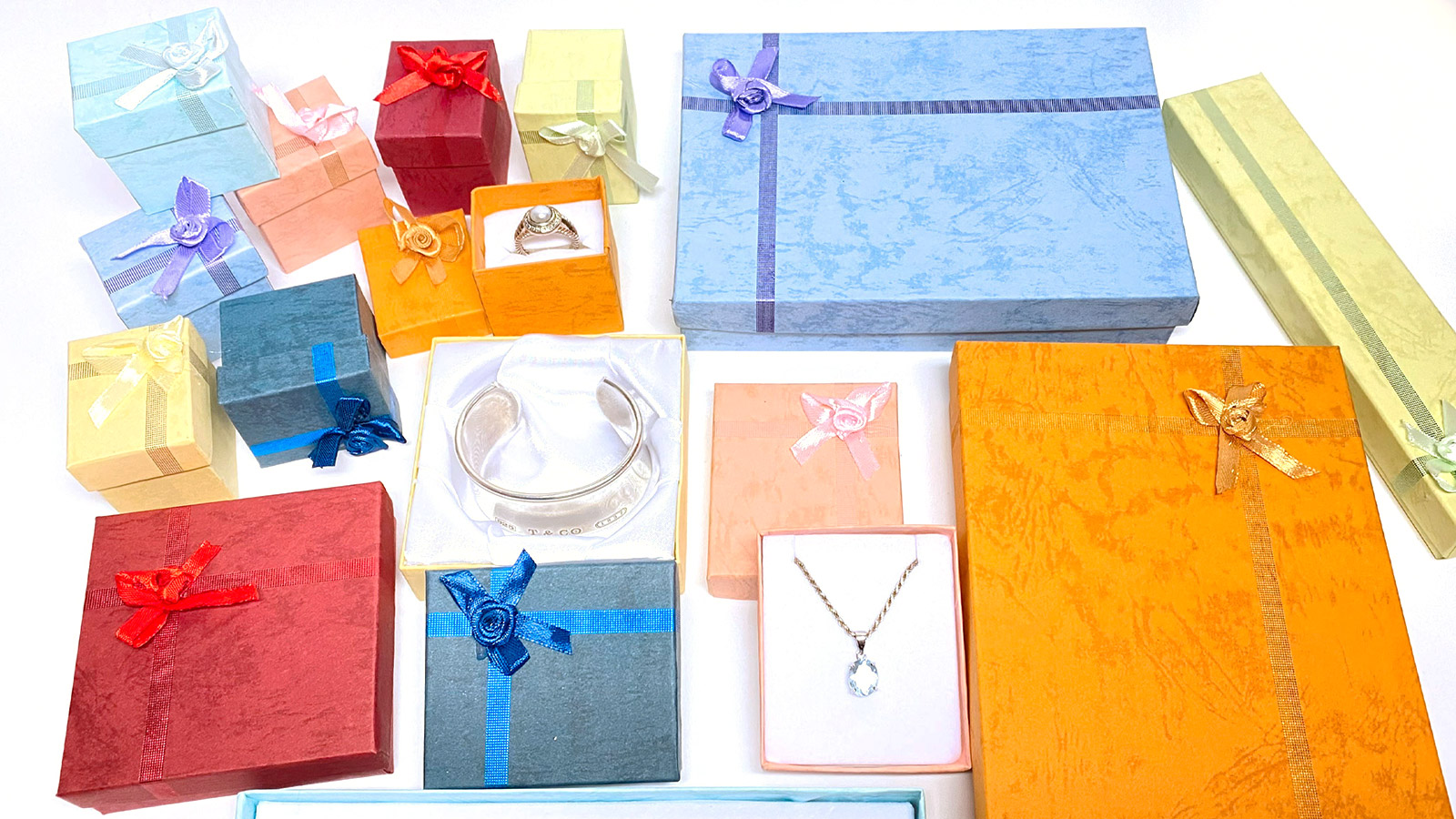 gift-boxes-mixed-colors-dk-series-3.3.jpg