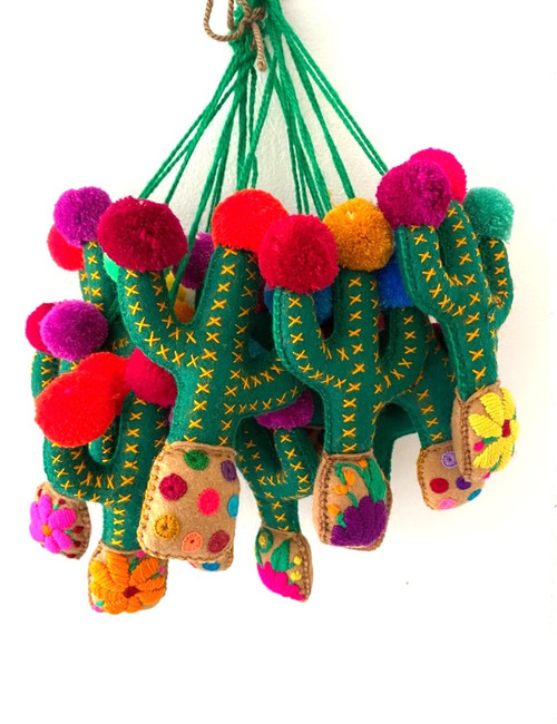 Potted Cactus tassel pompoms