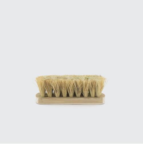 Vegetable Brush  fiber  Small: 11 x 7 cm.