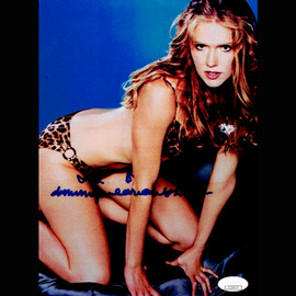 DOMINIQUE SWAIN SIGNED AUTOGRAPHED 8x10 PHOTO VERY YOUNG And SEXY JSA CERTIFIED