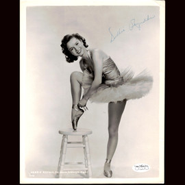Certified Debbie Reynolds signed Vintage 8x10 Photo Authentic Autographed