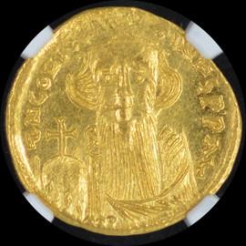 MS 4/5 - 3/5 (AD 641-668)  Byzantine Constans II Pogonatus AV solidus (20mm, 4.47 gm, 7h)