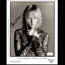 Certified Chynna Philips Singer Entertainer Autographed Signed 8x10 photo