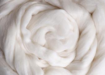 Ashford White Super Fine Merino Top (19 micron) - 500 g