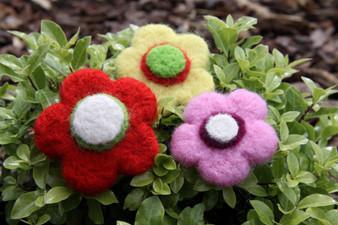 Felting Wool Flowers Needle Felting Kit (Incl. Instructions, Sliver And One Needle. Foam Block Sold Seperately)