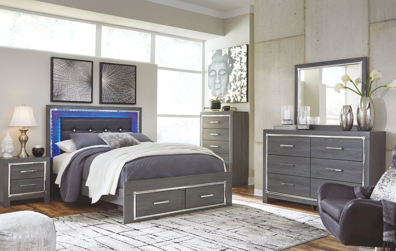 Lodanna Gray 11 Pc. Dresser, Mirror, Queen Panel Bed with Storage & 11  Nightstands
