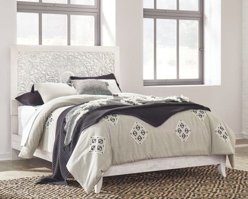 Paxberry Whitewash Queen Panel Bed