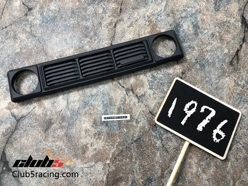 1976 Style Front Grill w/ International Metal Emblem for Red Cat GEN8 (S)