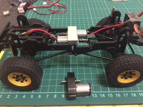 Dual / Twin Motor Mount Kit -- RC4WD 1/18 G2 D90 Body