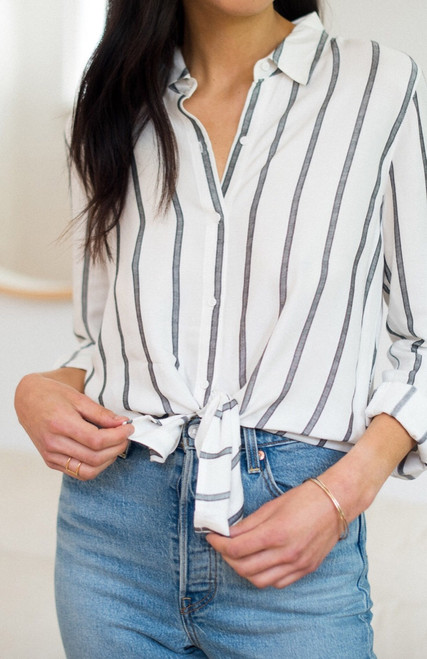 Line Stripe Collar Shirt
