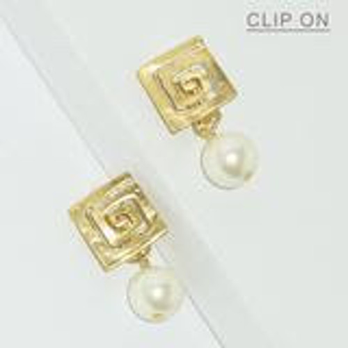E68949-Clip On Square Pearl Drop Earringsgold