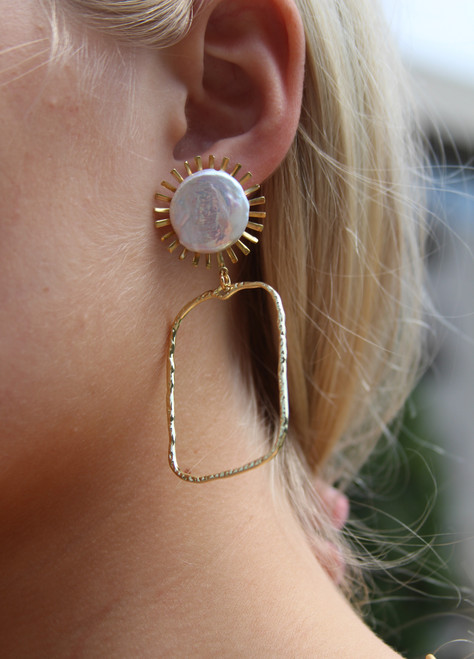 Sun Pearl With Branch Rectangle Earrings
