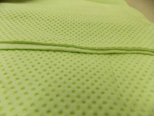Instant Arctic CHILL Cooling Towel Uses Only Water Sports Exercise Medical Green