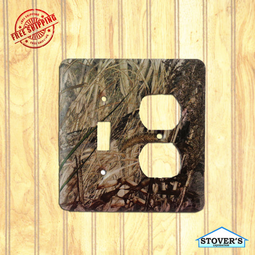 Light & Socket Plate | Mossy Oak Duck Blind | Outdoors-Themed | NEW