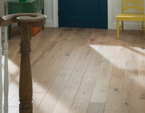 Cascade Euro Sawn White Oak   Engineered Hardwood   Value Collection    7'' X 1/2'' Cabin Grade [31 SF / Box]