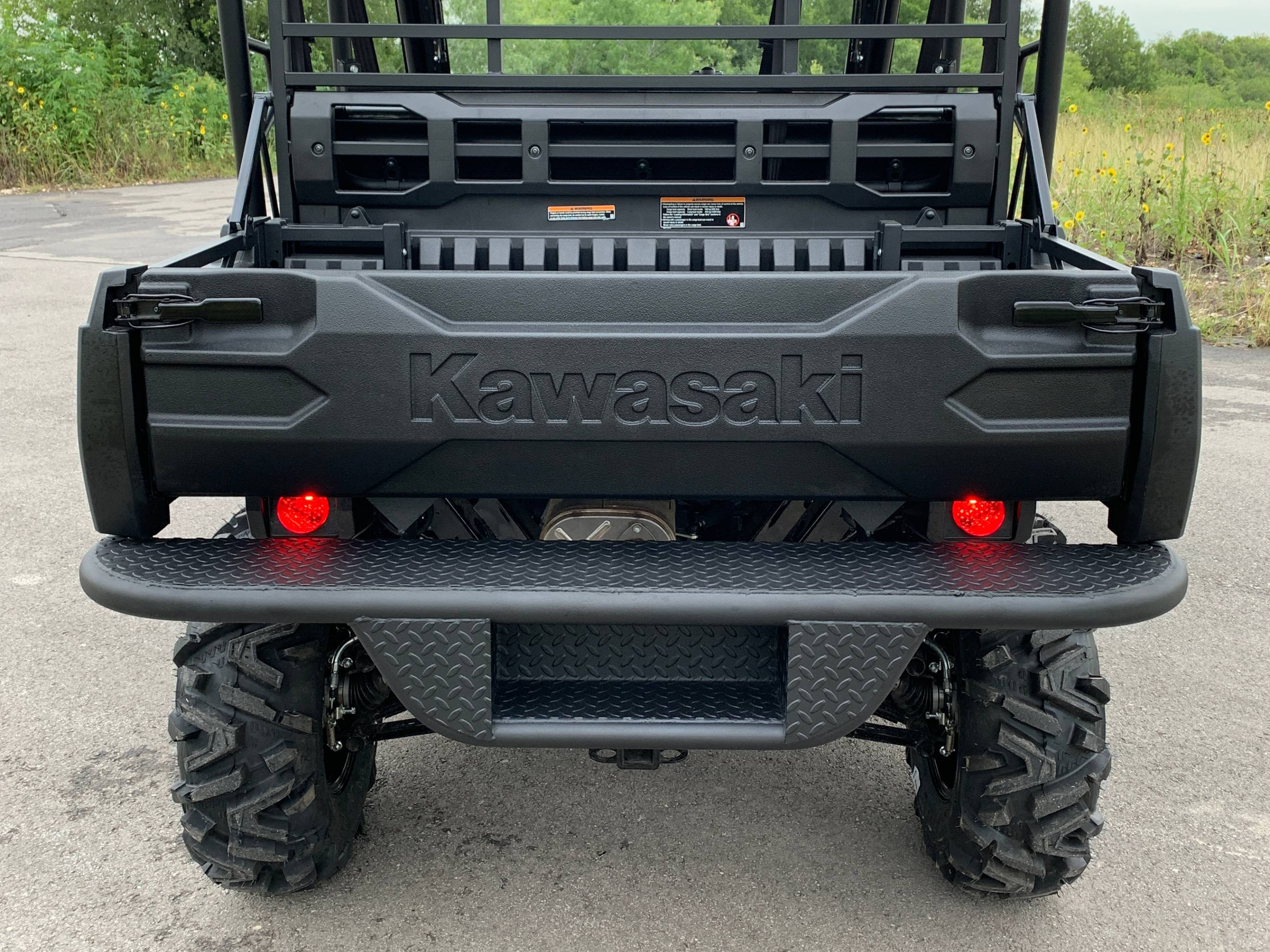 kawasaki-mule-pro-fx-fxt-rear-bumper-with-step-by-ranch-armor.jpg