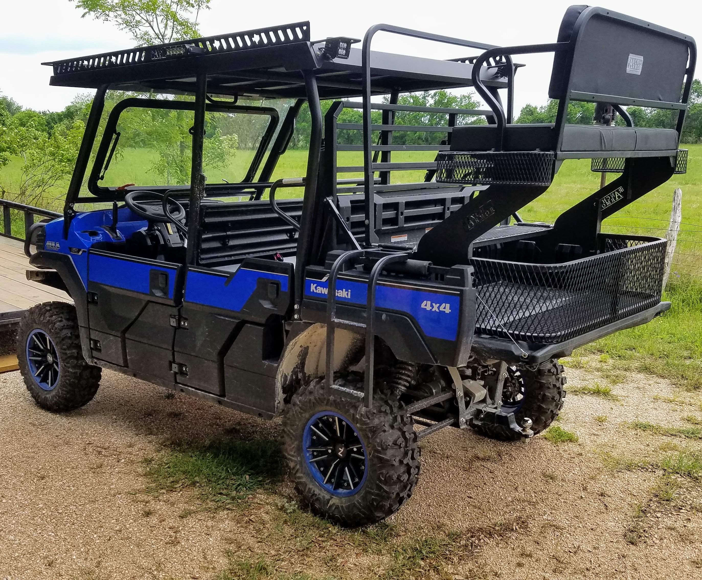 kawasaki-mule-pro-fxt-high-seat-with-bed-extension.jpg