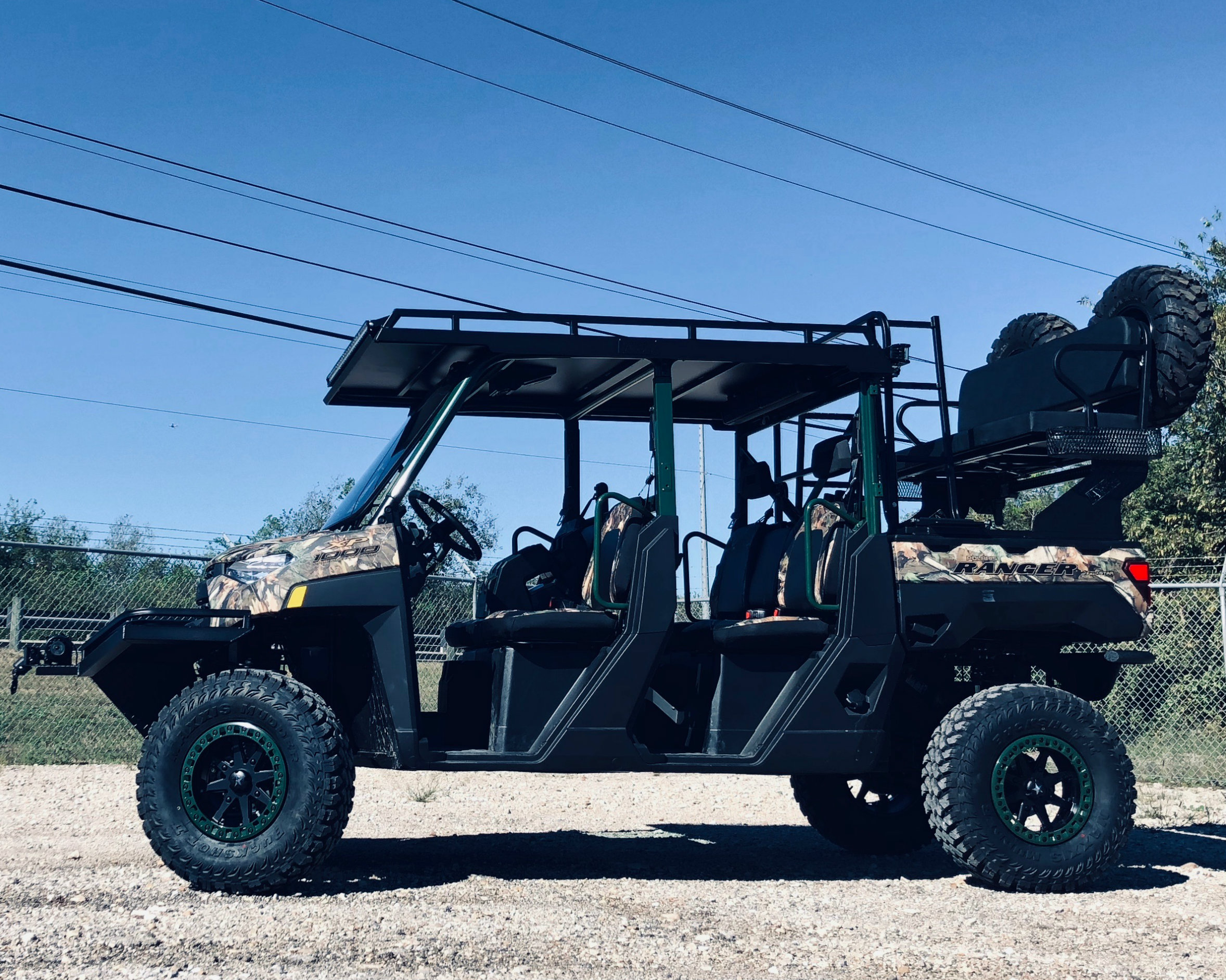 polaris-ranger-1000-2019-ranger-crew-metal-top-utility-roof-with-lights-and-stereo.jpg