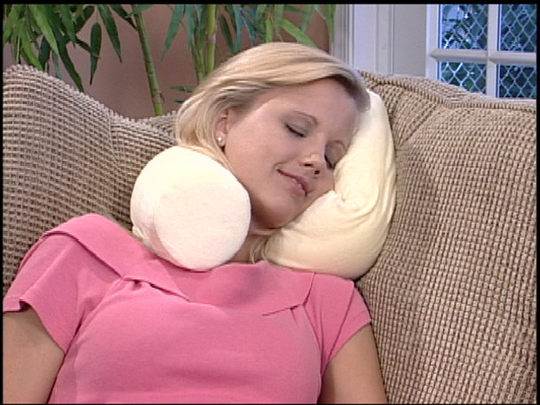 Twist Pillow - 900244