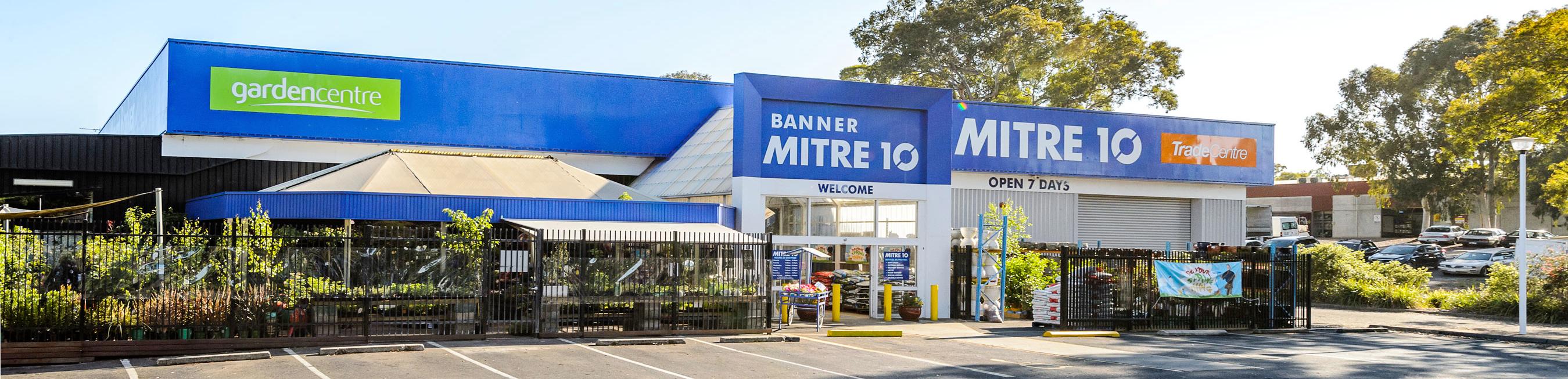 Banner Mitre 10