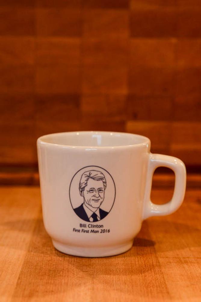 """Bill Clinton """"First First Man 2016"""" Mug"""