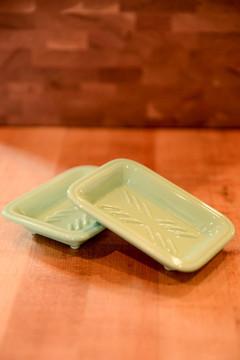 Fishs Eddy - Mint Soap Dish
