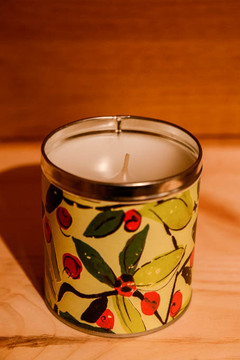Aunt Sadie's - Holiday Berry Candle