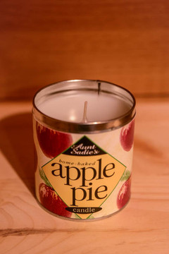 Aunt Sadie's - Home Baked Apple Pie Candle