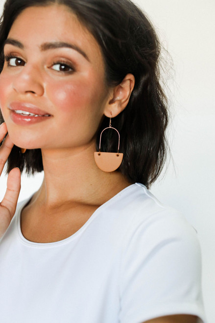 London Tan Isla Hoop Leather Earrings | Nickel and Suede