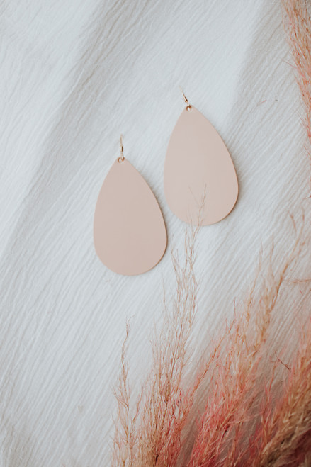 Canyon Coral Leather Earring
