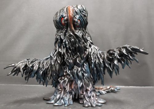 Godzilla vs Hedorah: Jungle Vinyl Figure - Hedorah Facing Off Against Godzilla