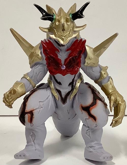 Ultrama: Soft Vinyl Figure - Ultra Monster DX Belial Fusion Beast Thunder Killer (105017155)