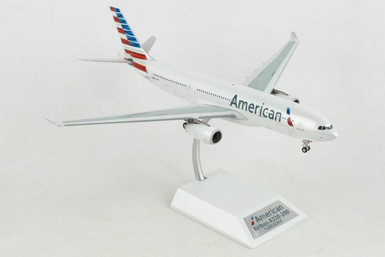 Inflight200 American Airlines A330-200 N288AY With Stand 1/200 IF332AA0519