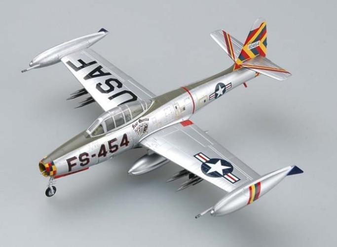 """Easy Models F-84G USAF """"Four Queens / Olie"""" - Joe Davis 1953 1/72 EM36800"""