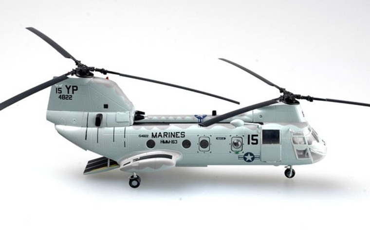 Easy Models CH-46E Sea Knight US Marines - 1/72 EM37000