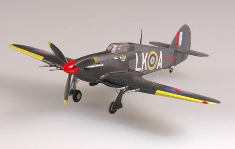 Easy Models Hurricane MKII Night Fight. 87sq. sq leader 1940/41- 1/72 EM37245