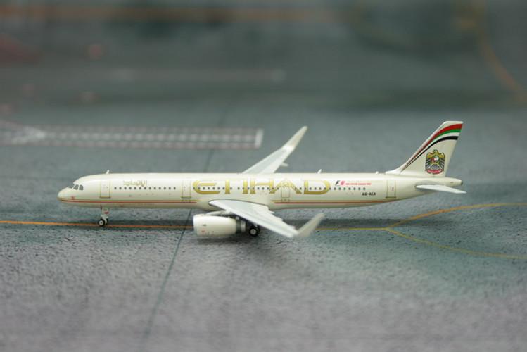 Phoenix Etihad Airways Airbus A321 'Sharklets' 1/400