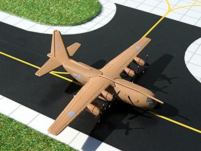 GeminiMacs Lockheed C-130K Hercules RAF Lyneham 1/400 GMRAF008