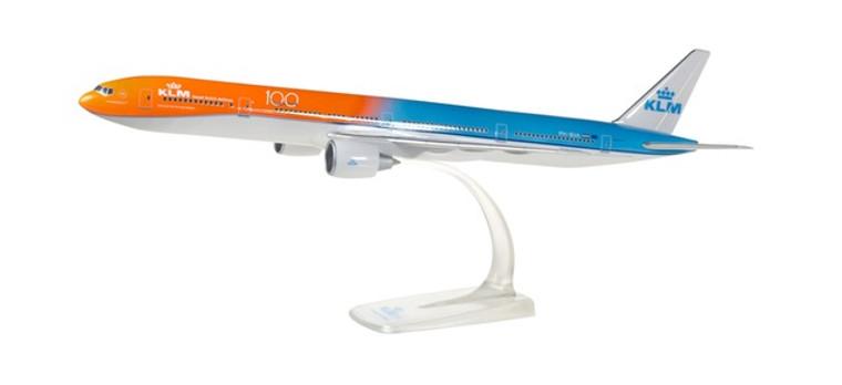 """Herpa KLM Boeing 777-300ER – PH-BVA """"Orange Pride"""" 1/200 611275-001"""