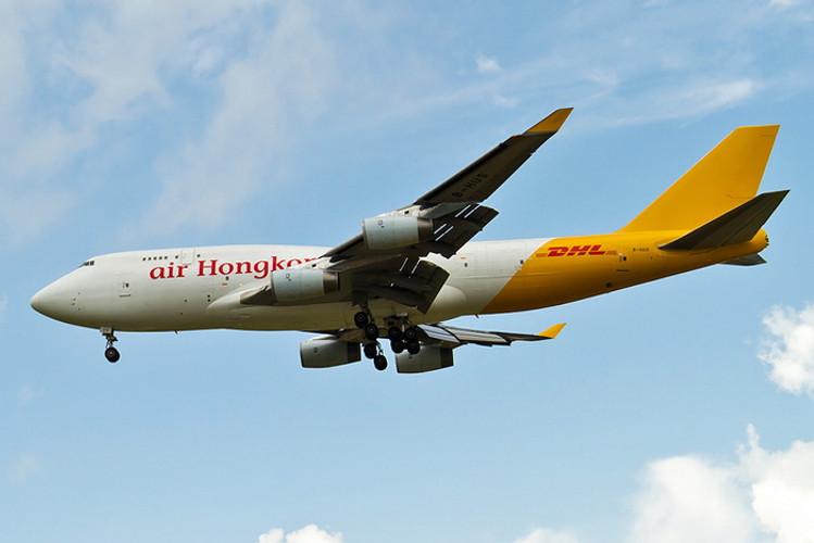 Phoenix Air HK DHL Boeing 747-400F B-HUR 1/400 PH04342