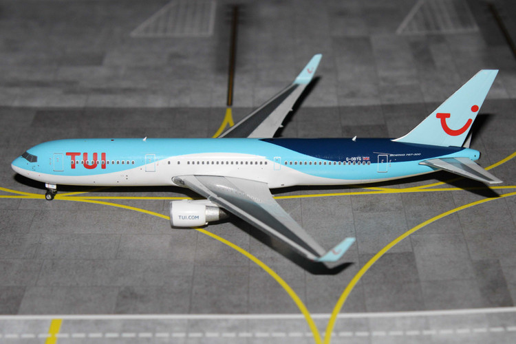 Phoenix TUI Boeing 767-300ER G-OBYG 1/400 PH11658