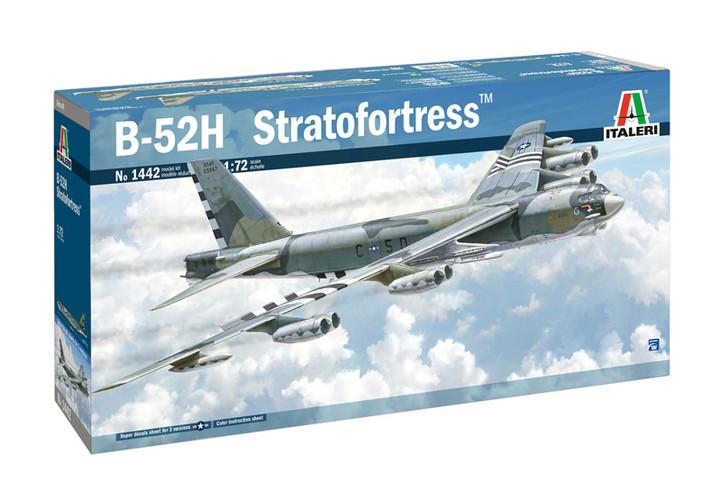Italeri 1442 B-52H Stratofortress 1/72 Model Plane Kit