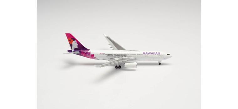 "Herpa Hawaiian Airlines Airbus A330-200 – N361HA ""Hoku Mau"" 1/500 535557"