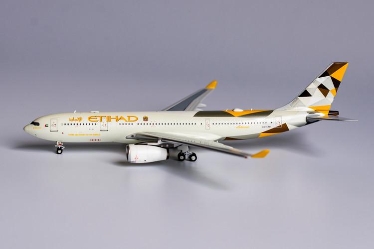 NG Models Etihad Airways Airbus A330-200 A6-EYH <n/c> 1/400 NG61027
